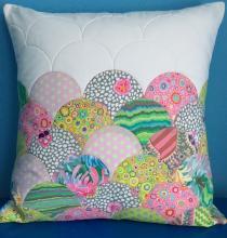 clamshell pillow class sample